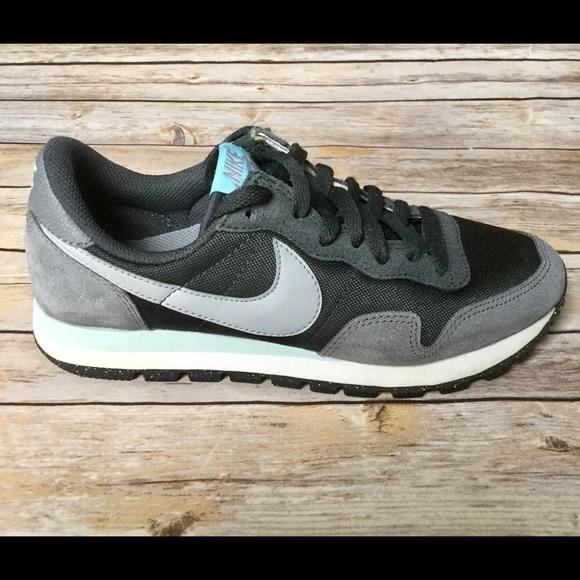 165858258239a Vintage Nike Air Pegasus 83 Black Gray Blue. M 5b7af19a9e6b5b9044ff7f79